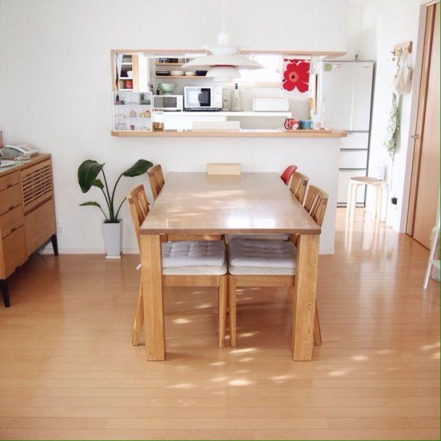Aoiさんの、関家具,easylife,ダイニングテーブル&チェア,無垢材テーブル,ルイスポールセン PH50,マリメッコファブリック,ダイニングキッチン,ダイニングキッチン照明,キッチンカウンター,シンプルナチュラル,部屋全体,のお部屋写真