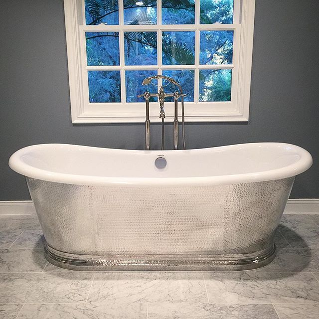 Demi Lovato s Newly Remodeled Home Will Take Your Breath Away. 133 best Americh Customer Installs images on Pinterest   Bathtubs