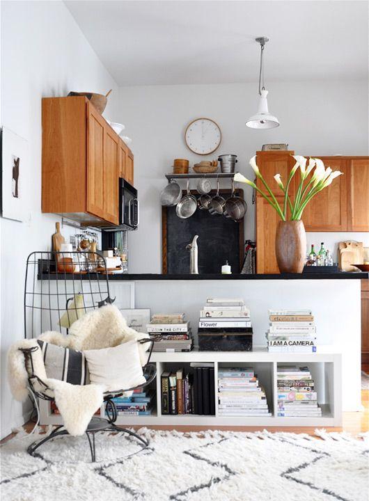 kitchen-sitting-area
