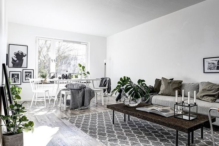Sunny apartment in Stockholm | image via realtors @mohv_sthlm styled by @scandinavianhomes 📷 @clearcutfactory