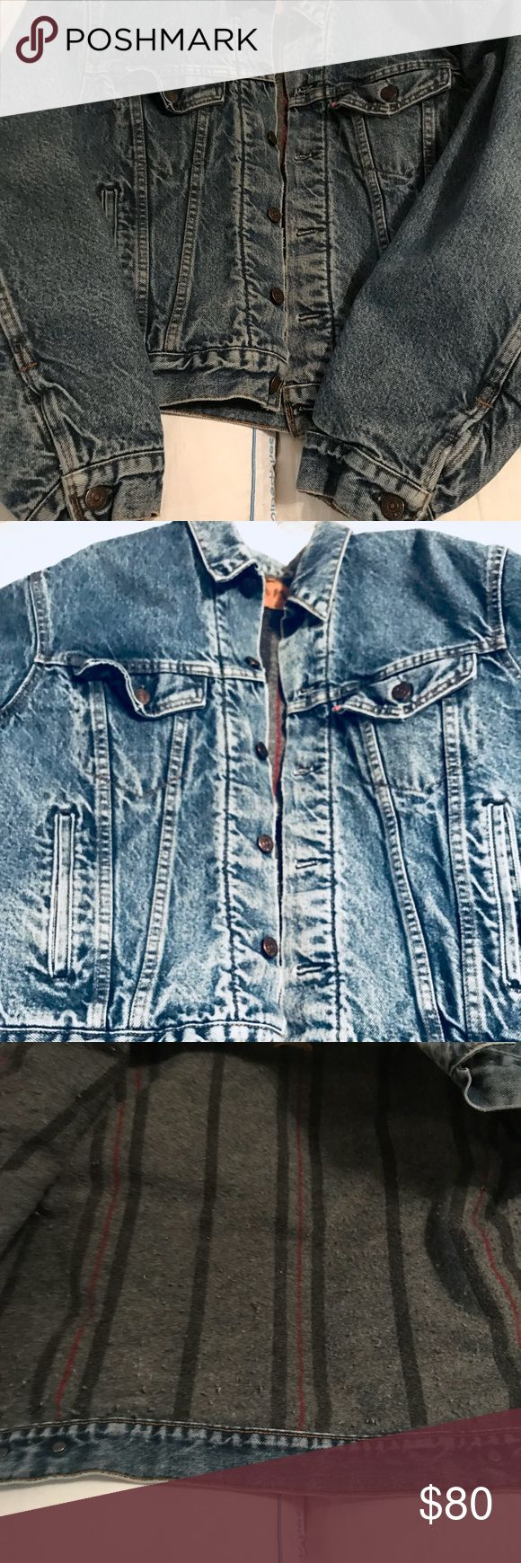 Vintage Levies Blanket Lined Jean Jacket Nice , heavy blanket lined Levi Jacket. Size 46. I wear a large size hoodie and this fits me great! Levi's Jackets & Coats