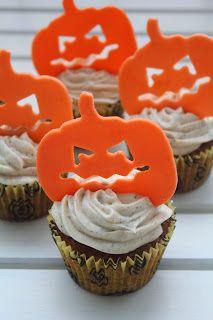 Halloweenské kořeněné dýňové cupcakes