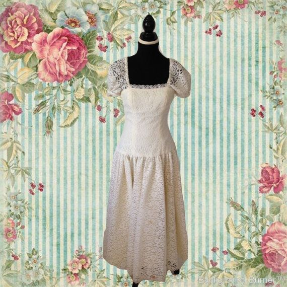 Long White Lace Dress Vintage Dress Full by VerilyVintageClothes