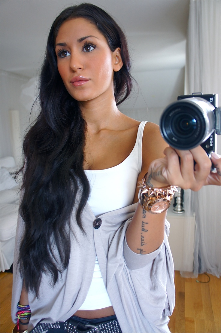 Really Long Hair Hairstyles 75 Best Images About Long Dark Hairstyles On Pinterest Her Hair