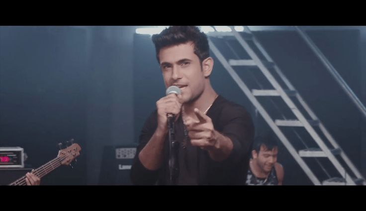 aaja aaja song - images of cute sanam puri,singer sanam puri For More: www.download-free-songs.com