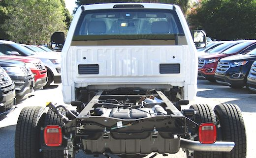 2019 Ford Super Duty Chassis Cab Review 2019 ford super duty specs, 2019 ford super duty price, 2019 ford super duty review, 2019 ford super duty platinum, 2019 ford super duty dually, 2019 ford super duty king ranch,
