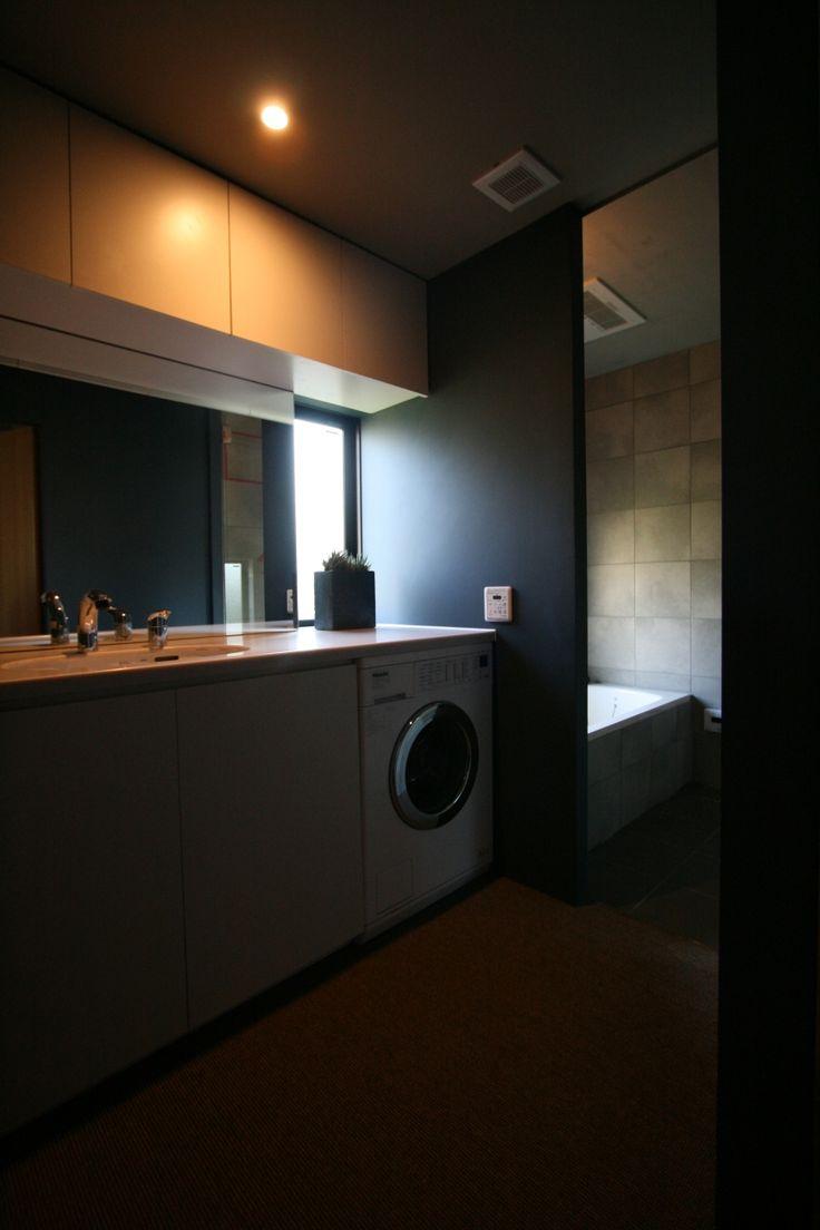 洗面室(腰越の家)- トイレ/バス事例