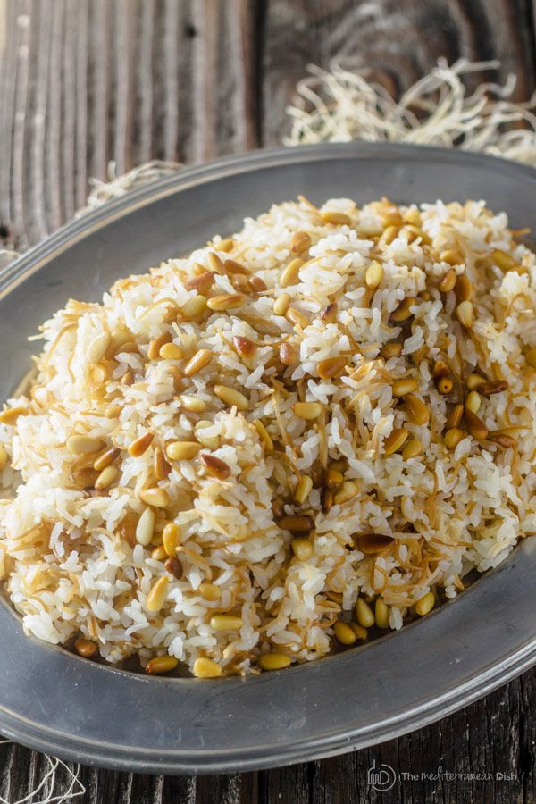 A simple recipe with step-by-step photos for the best Lebanese Rice or Middle Eastern rice with olive oil and vermicelli pasta. The best side dish!