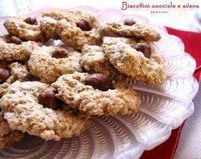 Biscottini con fiocchi d'avena. Avete mai assaggiato i Biscottini con fiocchi d'avena? Sono molto buoni. La ricetta me l'ha data la mamma di mio ...........