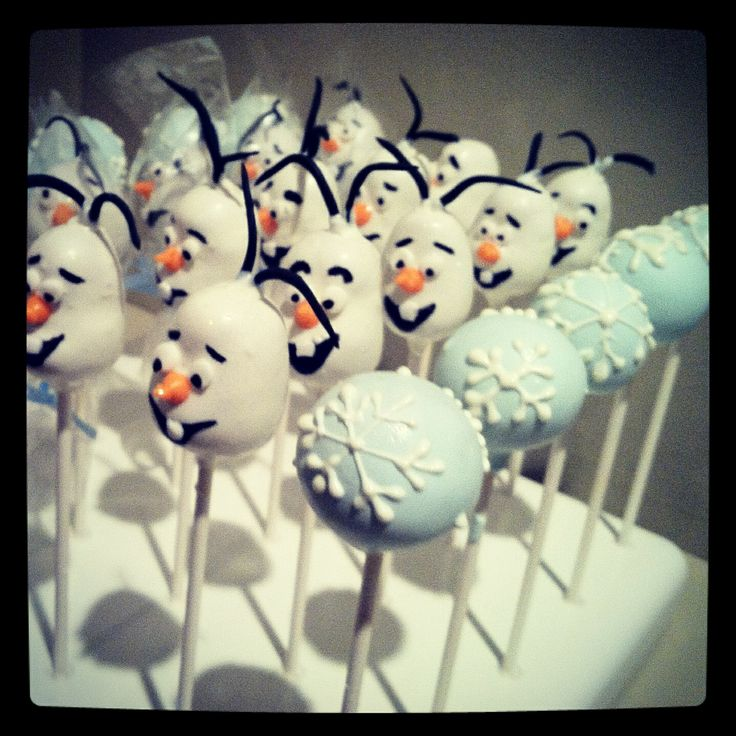 Frozen themed cake pops. Olaf cake pops Charismascookies.com
