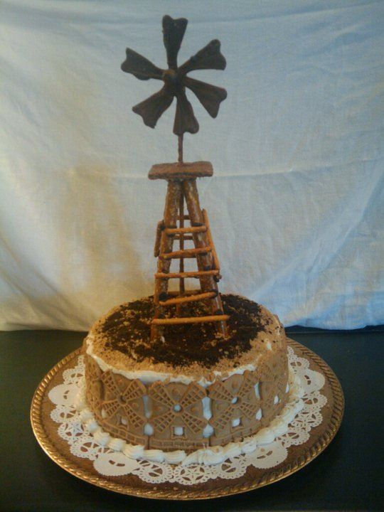 Cake Art Netherlands : 74 best images about Windmill Cakes on Pinterest ...