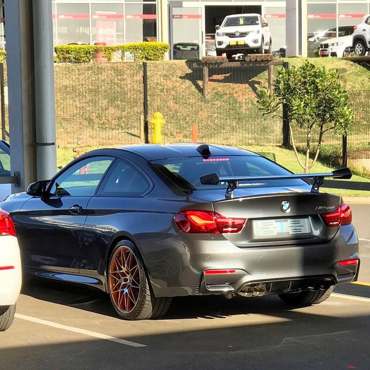 Looks like there is another Mineral Grey BMW M4 GTS in South Africa   This was spotted by @shriyan_roy at Ballito BMW  #ExoticSpotSA #Zero2Turbo #SouthAfrica #BMW #M4GTS #MineralGrey