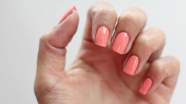 How-to: lange, sterke nagels   BeautyLab.nl   Bloglovin'