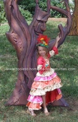 Homemade Chiquita Banana Girl Costume: This Homemade Chiquita Banana Girl Costume was handmade with lots of love by Aubrey's grandma Nancy.  She modified a pattern to create this great look