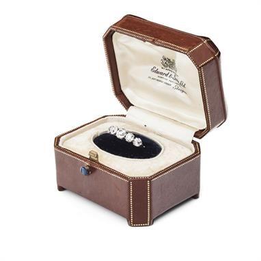 Lot 153 – An early 20th century diamond ring
