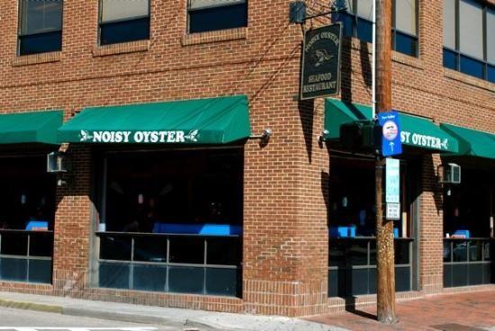 Noisy Oyster Seafood Restaurant. 24 North Market St, Charleston.  Fresh oysters. #175/765 TA