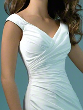 US $164.99 | (FITS031097 )2011 Style A-line V-neck Sleeveless Chapel Train Taffeta Wedding Dress For Brides