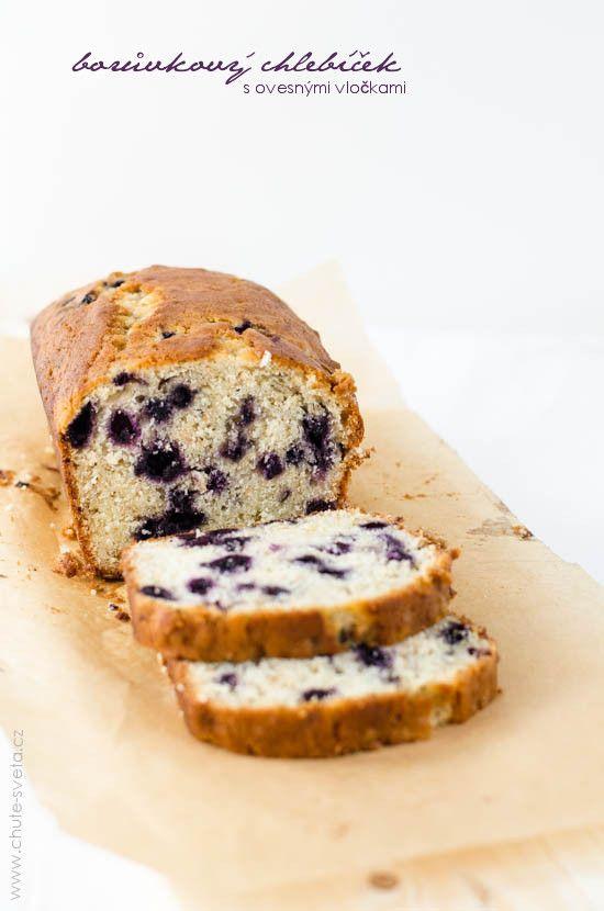 borůvkový chlebíček s ovesnými vločkami