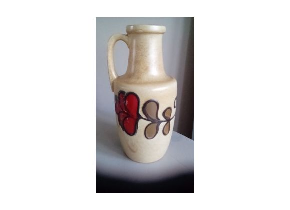 Vintage ceramic with floral pattern