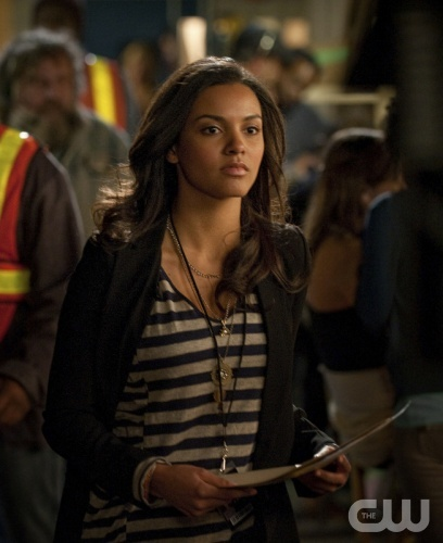PILOT--Jessica Lucas as Skye - Photo: Cate Cameron/The CW ©2013 The CW Network, LLC.   All rights reserved.