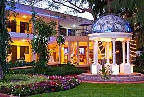 Arborea Hotel, Guadalajara, Jalisco - En la principal zona comercial, a unos pasos de la glorieta Minerva y a 10 min de la Expo Guadalajara.