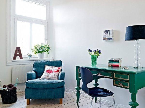 http://inredningsvis.se/7-tips-for-ett-smart-planerat-hemmakontor/ 7 tips for a smarter planed homeoffice! how to get the rutin when you work from home.   #home #interior #howto #blogpost #trender #inredning #inredningstips #inredningsblogg #gplusfollowers #interiordesign #homedecor  #interiors #home #homedeco #room #howto #inredning #beautiful #homeoffice #hemmakontor