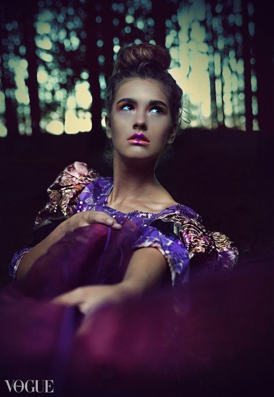 Publication in Vogue.it Photo: Emilia Kiedos Fotografia Model: Dominika Zakrzewska Makup: Joanna Manicka Make Up Artist www.joannamanicka.pl