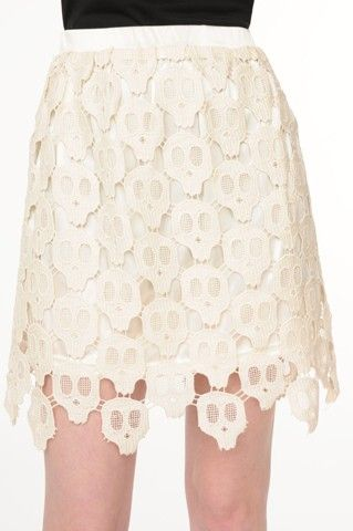 I want this skull skirt!