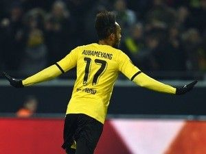 Report: Chelsea hopeful of beating Liverpool to Pierre-Emerick Aubameyang signing