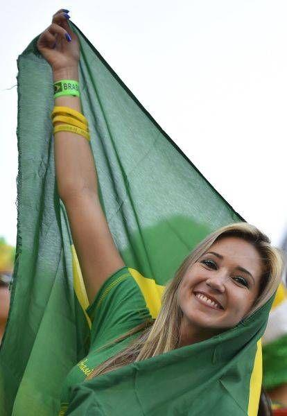 サッカー・ワールドカップ(W杯)ブラジル大会の開幕戦ブラジル-クロアチアを観戦する女性サポーター(サンパウロ)(2014年06月12日) 【AFP=時事】 ▼12Jun2014時事通信 ワールドカップ美女サポーター 写真特集 http://www.jiji.com/jc/wcup2014?d=d4_ftbnnp=wbs214-jpp017344046s=photolist #Brazil2014 #Brazil_Croatia_group_A