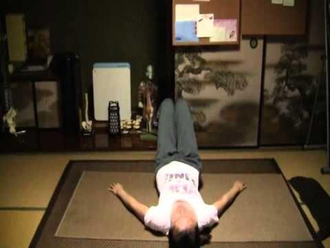 1日で太ももにすきま!超簡単な足パカダイエットで美脚計画♡ - Locari(ロカリ)