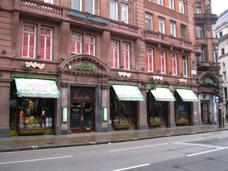Rainforest Cafe London With Victorian Awnings Shop