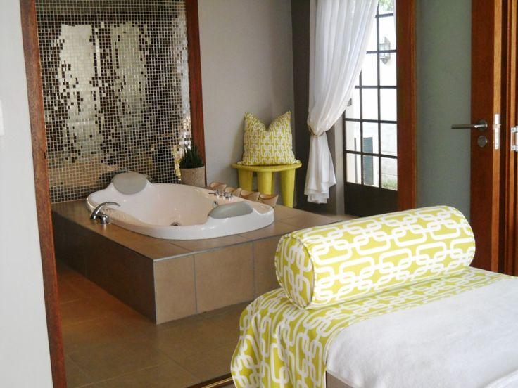 Treatment room and Hydro bath at Askari Spa. #atGuvon  #PamperedAtGuvon