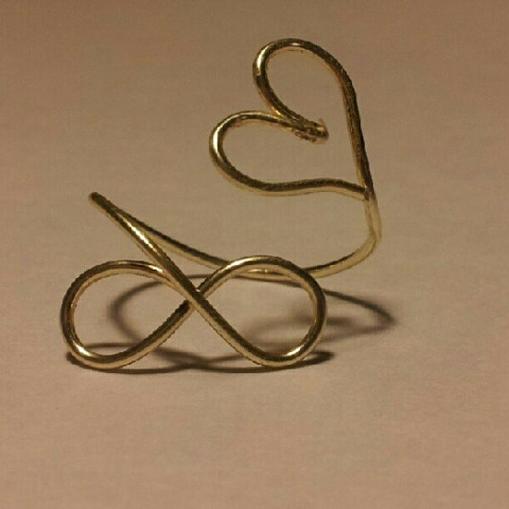 Love to infinity ring, sterling silver and adjustable!! $10 on Etsy: Infinity Sterling, Sterling Silver, Adjustable Rings, Jewelry, Infinity Rings, Silver Wire, Diy, Wire Adjustable