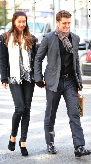 Matthew Morrison, Renee