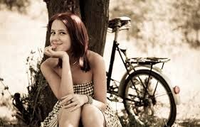 Risultati immagini per bicycle girls