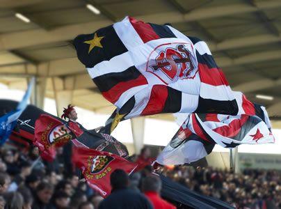 Toulouse rouge et noire, la ville rugby. © D.Viet #visiteztoulouse #rugby #toulouse