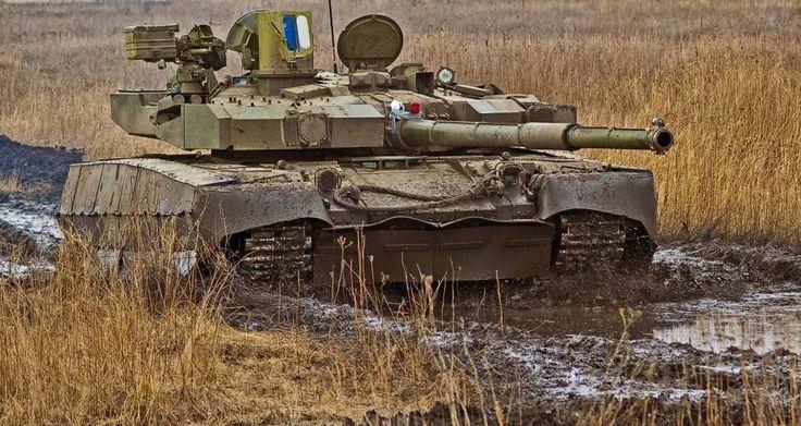 Т-84 БМ «Оплот» - танковый «Франкенштейн» Незалежной http://fito-center.ru/oruzhie-i-boevaya-tehnika/67946-t-84-bm-oplot-tankovyy-frankenshteyn-nezalezhnoy.html  Сегодня, когда экономика Украины и весь ее военно-промышленный комплекс находится в состоянии, которое, говоря медицинским языком, можно назвать термальным, ее представители продолжают утверждать, что их страна является одной из ведущих танкостроительных держав мира.В качестве доказательства сего приводится «гордость украинского…