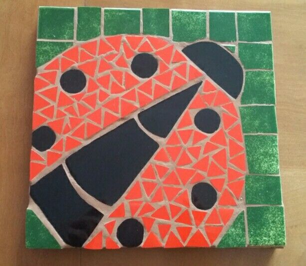 Chinita mosaico. Tabla para posar platos calientes.