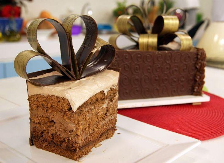Bolo Surpresa de Chocolate | Receitas | Dia Dia