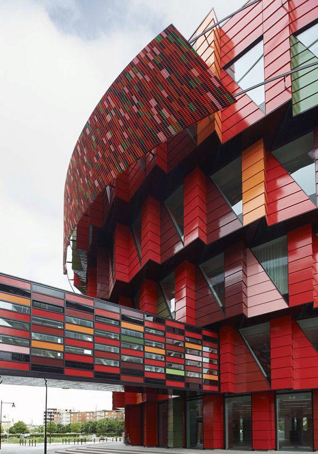 Kuggen: um incrível edifício sustentável na Suécia com arquitetura colorida e…