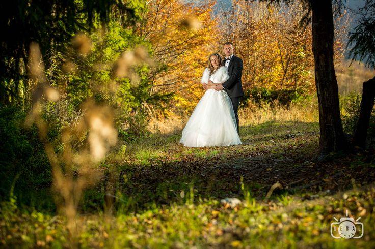 Dacă eşti în căutare de un fotograf de nuntă în Bucureşti, ai ajuns pe pagina potrivită. Acestea sunt serviciile şi pachetele principale pe care le ofer. Te invit să le studiezi cu atenţie şi să vizitezi galeriile de pe site pentru a-ţi face o idee despre modul în care aş putea surprinde ziua nunţii tale.  #Oferta #foto #video #nunta #Bucuresti
