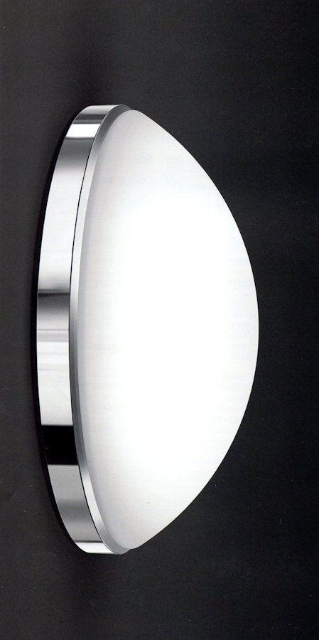 Lampada da soffitto (plafoniera) o da parete (applique) 340-10740 dia.45cm con Emergenza  Lampada da soffitto (plafoniera) o da parete (applique) 340-10740 con diffusore in vetro soffiato opale triplex satinato con sistema di aggangio a baionetta. Base in policarbonato autoestinguente. Fascia in metallo cromato e guarnizione in silicone. Indice di protezione IP65. Fornita di lampada di emergenza permanente (SA) con 1 ora di autonomia. Diametro 45 centimetri.