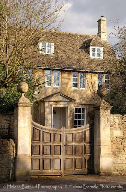 English cottage - wonderful gate