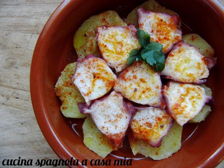 POLPO ALLA GALIZIANA CON PATATE | Cucina Spagnola: http://blog.giallozafferano.it/cucinaspagnola/cozze-ripiene-di-insalata-di-verdure-crude/