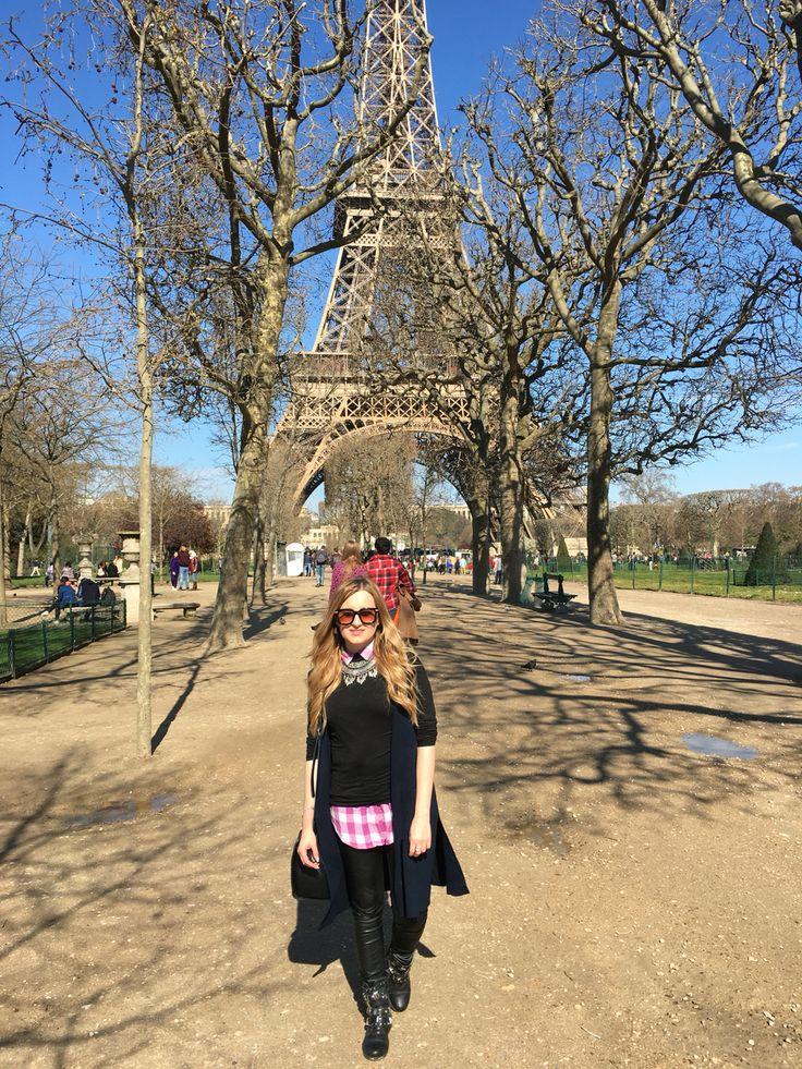Paris, love and sun