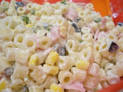 The perfect potluck pasta salad with ham and jalapenos!