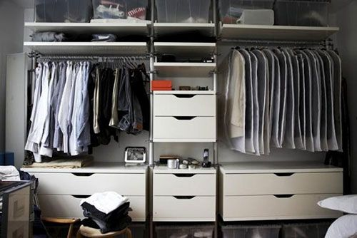 Kleine slaapkamer met kledingkast   Slaapkamer ideeën   Yatak ...