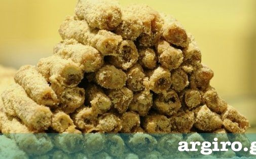 Μασουράκια Χίου από την Αργυρώ Μπαρμπαρίγου | Μοσχοβολάνε μαστίχα και αμύγδαλο, γιαυτό φτιάξτε τα και γευτείτε το απίστευτο φύλλο και την τέλεια γεύση τους