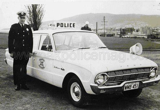 Tasmania-Police-1962-Ford-XL-Falcon.Pakistan-Police-Magazine.jpg 540×370 pixels